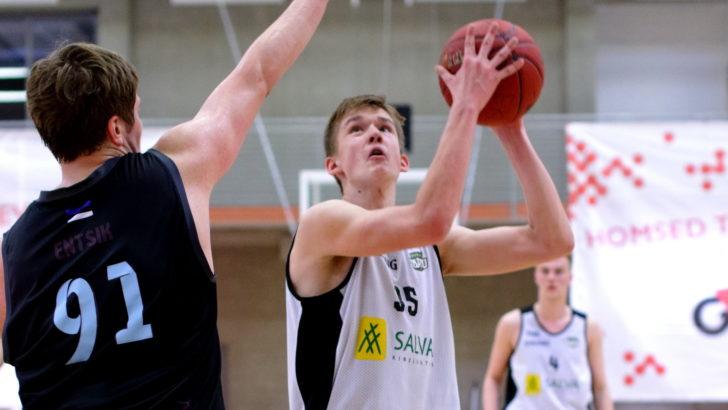 BC Tartu võitis esiliigas lähirivaali Kuressaare BC Huntide tiimi