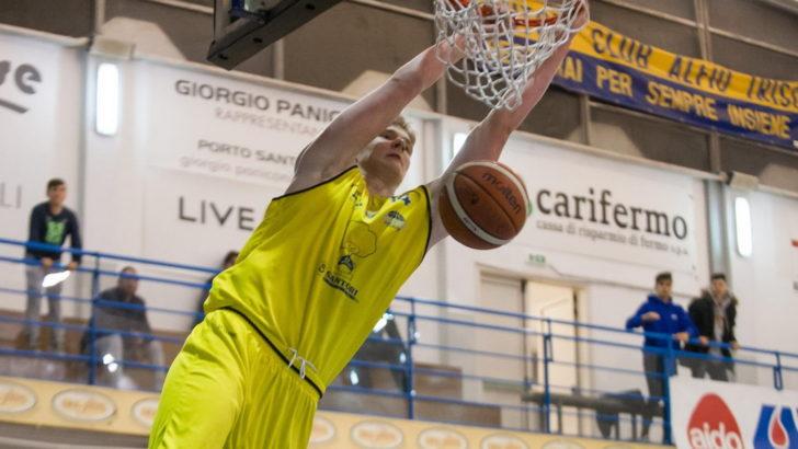 Montegranaro kaotas teise veerandfinaalmängu lõpusekundite vabavisetest