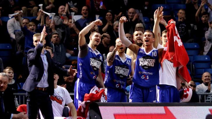 FOTOD | Ajaloolise Eesti ja Läti Tähtede mängu võitsid teisel lisaajal lõunanaabrid