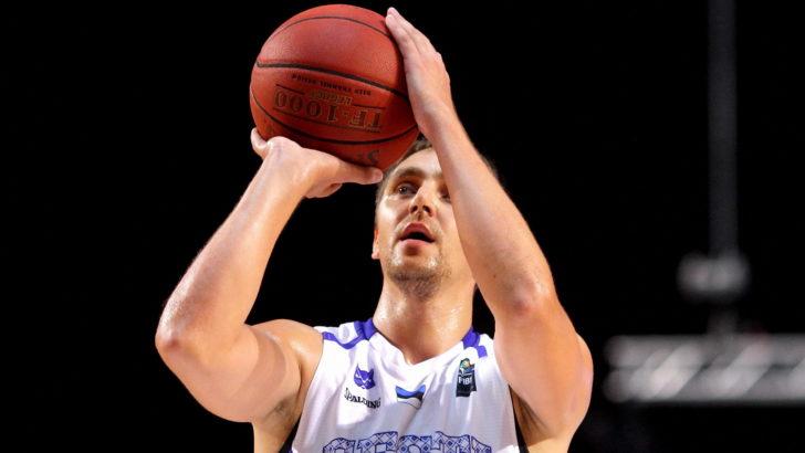 Reinar Hallik aitas oma meeskonnal alistada play-offi avamängus KK Viimsi