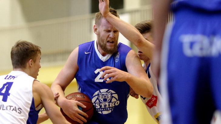 Neljapäev esiliigas kuulus Tartu meeskondadele