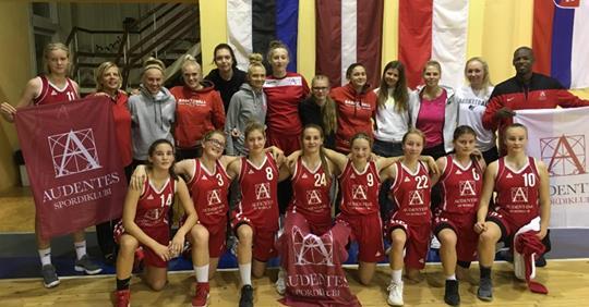 Audentese U16 korvpallitüdrukud jõudsid rahvusvahelisel turniiril medalile