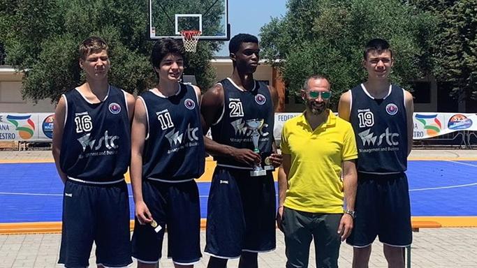 Gregor Kuuba pääses Itaalia 3×3 korvpalliväljakutel omavanuste hulgas poodiumile